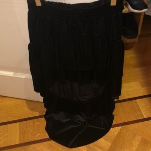 Black high low skirt